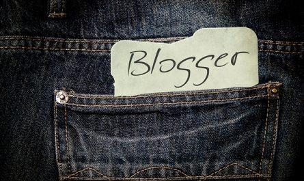 Le jeans mode Europe adulé par les blogueurs