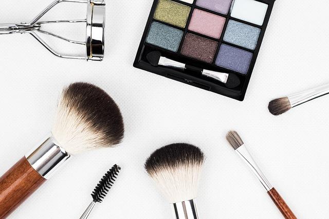 Produits cosmétiques à vendre