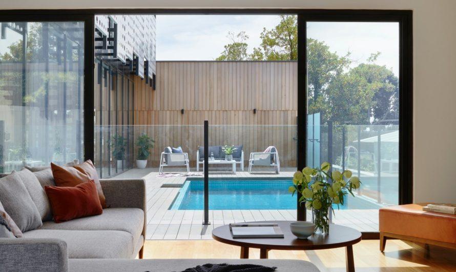 Comment intégrer une piscine dans une extension de la maison ?